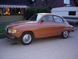 Brown Saab 96