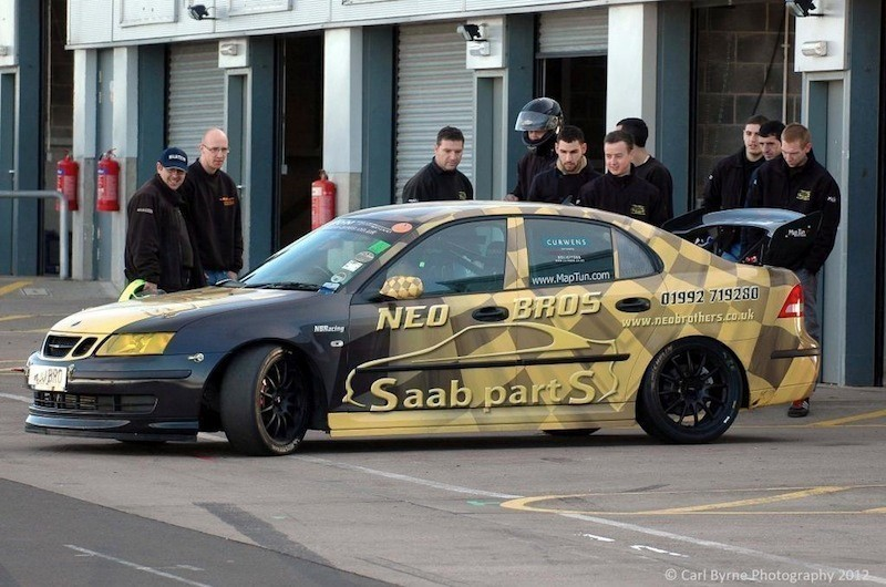 NeoBrothersTrackDay-DoningtonPark03311-11-2012