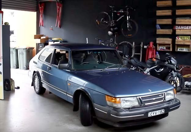 Mighty Car Mods SAAB 900 Turbo